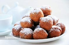 Pączki z twarogiem Polish Desserts, Muffin, Breakfast, Food, Morning Coffee, Essen, Muffins, Meals, Cupcakes