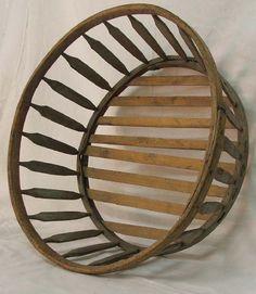 on Jun 2010 Primitive Kitchen, Country Primitive, Basket Weaving, Woven Baskets, Old Fashioned Kitchen, Bee Skep, Textiles Techniques, Vintage Baskets, Aging Wood