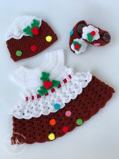 This listing is for a Beautiful Baby Christmas Dress. Your little Princess is bound to be the centre of attraction in this one of a kind white and red. Baby Girl Christmas Dresses, Christmas Baby, Baby Girl Crochet, Crochet Baby Clothes, Baby Girl Frock Design, Baby Girl Frocks, Baby Crafts, Handmade Baby, Kind Mode