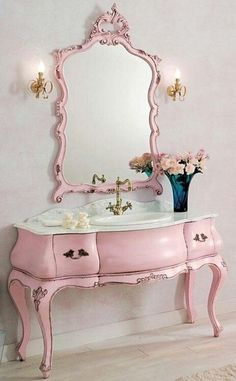Retro Vintage Toilette Furniture Minimal Mirrow Pink Old Age Distressed Cute Girly Fancy Classical Classic Style Modern