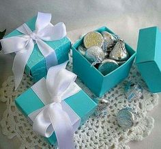 Personalized Favor Box w Custom tags Wedding Favor Boxes Turquoise Pink Gold Silver Navy Thank you Favors Quinceanera Bridal Shower Wedding - Force Tutorial and Ideas Tiffany Birthday Party, Tiffany Party, Tiffany Wedding, Blue Wedding, Wedding Colors, Elegant Wedding, Bleu Tiffany, Tiffany Theme, Tiffany And Co