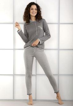 Pijama invierno mujer Massana. Prenda para estar cómoda en casa.