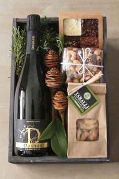 The citys renowned florist Winston Flowers has branched out Its new gourmet gift crates launched just in time for the holiday season include some of New Englands best sma. Christmas Gift Baskets, Holiday Gifts, Christmas Diy, Christmas Birthday, Wine Christmas Gifts, Christmas Boxes, Winter Holiday, Winston Flowers, Personalised Gifts Diy