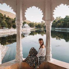 Pretty Udaipur 💕 Namaste India, Travel Pose, Udaipur, Jaisalmer, Nature Photography, Travel Photography, India Travel Guide, Amazing India, Travel Pictures