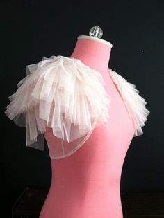 ~ lovely cover up for your wedding day ~ Unique bolero shrug provides extra coverage on a strapless gown for the ceremony. Would also look great with a Diy Dress, Tulle Dress, Dress Outfits, Dress Up, Emo Outfits, Prom Dress, Fashion Dresses, Wedding Cape, Tulle Wedding
