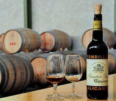 Murcia and Jumilla regions for a good Spanish wine. Alicante, Valencia, Spanish Wine, Murcia, Red Wine, Alcoholic Drinks, Wine, Wine Cellars, Community