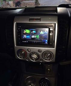 Thanks for sending through this pic of your NA2650 installation Kyle Pascoe.   Anyone else wanting to share... Feel free to do so!  #NakamichiSA #CarAudio #InCarEntertainment