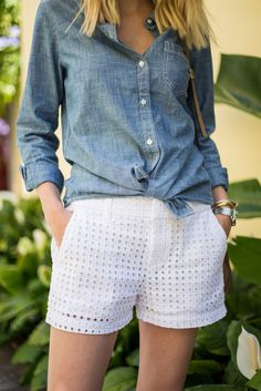 Eyelet Shorts for Spring (Little Blonde Book) Spring Shorts, Summer Shorts Outfits, Spring Outfits, Modest Shorts, Lace Short Outfits, Trendy Outfits, Cool Outfits, Look Fashion, Womens Fashion