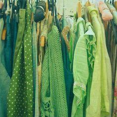 Farb-und Stilberatung mit www.farben-reich.com - Green Clothes....
