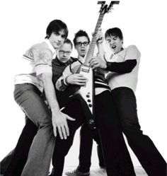 to see Weezer live! >> seeing them w/ P!AtD in July