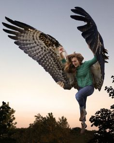 """jess-curious:  sushinfood:  zoomine:  """"The Name's Max, Maximum Ride"""" Via (IAmEmilyK )  this is so incredible wheeze  ACTUALLY PROPORTIONATE ANATOMICALLY CORRECT WINGS SOMEONE HOLD ME"""