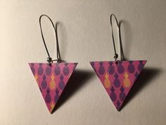 Boucles d'oreille triangle papier motifs : Boucles d'oreille par bamboo
