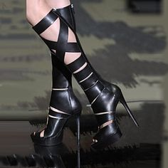 What a sexy boots. Get it in our Christmas sales deal right now! Lightning Deals will got your amazed! Exciting Deals of the Day, and savings on your wallet.