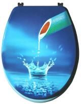 ausgefallener wc sitz bedruckt mit wassertropfen der in form einer krone hochspritzt aus mdf mit
