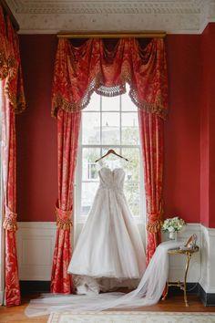 Ball gown wedding dress idea - ball gown wedding dress with strapless, sweetheart neckline {Riverland Studios}