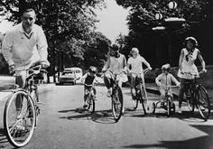 A bicycle outing in Paris, Sargent and Eunice Shriver, Maria, Sydney Lawford ...