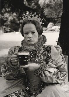 Glenda Jackson as Queen Elizabeth I in 'Mary, Queen of Scots', by Terry O'Neill, 1971 - NPG x34557 - © Iconic IMages/Terry O'Neill