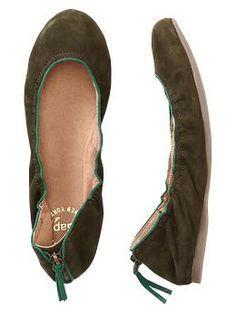 flats with a zipper down the back