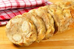 Karlovarský knedlík Snack Recipes, Cooking Recipes, Snacks, Czech Recipes, Ethnic Recipes, Dumplings, Mashed Potatoes, Gnocchi, Side Dishes