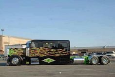 that is one hardcore custom truck! <3 #ReferATruck