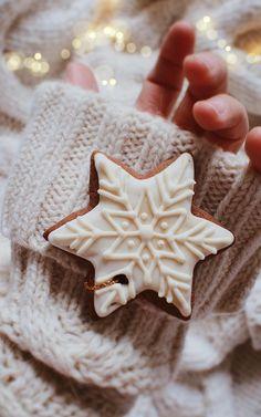 Cosy Christmas, Christmas Wonderland, Christmas Gingerbread, Merry Little Christmas, Christmas Cookies, Christmas Time, Christmas Stars, Winter Wonderland, Xmas