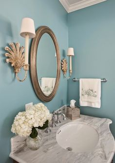 Elegant turquoise an