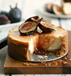 Hungry Couple: Labneh Cheesecake with Honeyed Figs. No figs for me bit Labneh, yes! Fig Recipes, Sweet Recipes, Baking Recipes, Cardamon Recipes, Chard Recipes, Just Desserts, Delicious Desserts, Cheesecake Recipes, Dessert Recipes