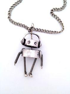 Chandler the Robot / by Meg Frampton