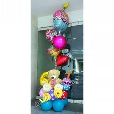 Asi inicia el cumpleaños número 6 de la pequeña Mía Celeste  #arreglos  #arreglosconglobos #detalles  #regalo #original #hechoenvebezuela #cumpleaños  #felicidades #dulces  #detalle  #cumple #torta #peluche #oso #hechoamano  #handmade #6 #6años  #globos #globosconhelio  #numero #doralzuela  #venezolanosenmiami Candy Bouquet, Balloon Bouquet, Centerpiece Decorations, Balloon Decorations, Unicorn Party, Balloons, Birthdays, Valentines, Baby Shower