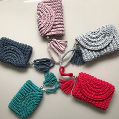 Discover thousands of images about How To Crochet A Shell Stitch Purse Bag Crochet Wallet, Crochet Clutch, Crochet Handbags, Crochet Purses, Knit Crochet, Crochet Earrings, Yarn Projects, Crochet Projects, Bag Pattern Free