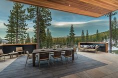 This modern mountain dwelling designed by Kelly & Stone Architects and Colby Mountain Properties is sited in Martis Camp, Truckee, California. Modern Mountain Home, Mountain Homes, Community Property, Patio Grande, Level Homes, Cabin Homes, Open Plan Living, Berg, Luxurious Bedrooms