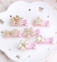 Pearl Hair Clips - Cute Pink Hair Clips with Pearls Clip Size: Approx 3cm Weight: 8 gr/piece Perfect for any occasion choose your little girl favourite style