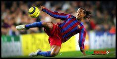 Ronaldinho'nun ünlü futbolculara, ünlü takımlara attığı çalımlar ve artistik hareketler derleme videosudur.