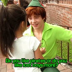 And they make you wish you were this little girl, because SWOON. | 14 Reasons The Peter Pans At Disneyland Are The Most Adorable ThingEver