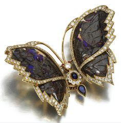 Marie Poutine's Jewels & Royals: Animal and insect Brooches A carved boulder opal butterfly brooch with diamonds and sapphires. Insect Jewelry, Butterfly Jewelry, Opal Jewelry, Animal Jewelry, Jewelry Art, Antique Jewelry, Vintage Jewelry, Fine Jewelry, Jewellery