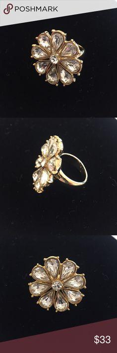 Kate spade white crystal flower ring Kate spade white crystal flower ring. Size 6. kate spade Jewelry Rings