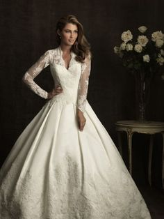 winter wedding dresses | Winter wedding dress. | Weddings