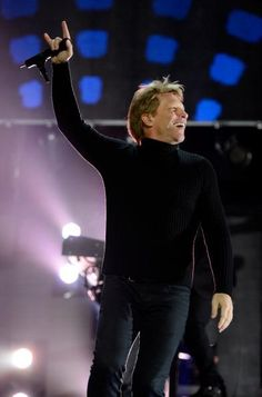 Jon Bon Jovi perfoming at the Hurricane Sandy Benefit in NY 12-12-12