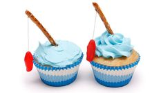 Go Fish Cupcakes make a fun summer treat! Also perfect for a boy's birthday…