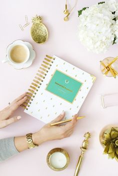 Gold Pineapple Simplified Planner