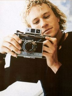 Heath <3 ( i will sell some of my photographs in an art show before i die )