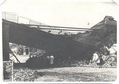 De brug aan het station in Tongeren hebben ze laten springen by mathildepaukens, via Flickr