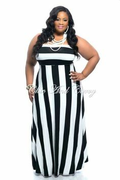 New Plus Size Strapless Maxi Dress in Large Stripes - Black and White Fashion For Petite Women, Black Women Fashion, Curvy Fashion, Plus Size Fashion, Girl Fashion, Fashion Outfits, Womens Fashion, Chic And Curvy, Looks Plus Size