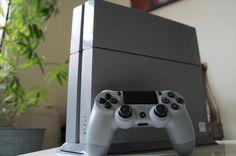 Console Madness 2015: 20th Anniversary #PlayStation4 + Logitech gear http://trib.al/ah7I1Ex |