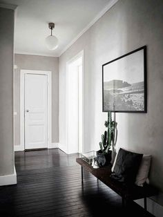 'Minimal Interior Design Inspiration' is a biweekly showcase of some of the most perfectly minimal interior design examples that we've found around the web - Minimalist Apartment, Home, Minimalism Interior, House Design, Apartment Interior Design, Interior Design, House Interior, Painted Floorboards, Apartment Interior