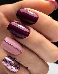 Nail art is a very popular trend these days and every woman you meet seems to have beautiful nails. It used to be that women would just go get a manicure or pedicure to get their nails trimmed and shaped with just a few coats of plain nail polish. Winter Nail Designs, Acrylic Nail Designs, Nail Art Designs, Accent Nail Designs, Nails Design Autumn, Maroon Nail Designs, Fancy Nails Designs, Shellac Nail Designs, Pedicure Designs