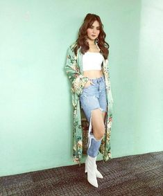 Kathryn Bernardo Outfits, Filipina Actress, Cant Help Falling In Love, Duster Coat, Actresses, Filipino, Jin, Beautiful, Ootd