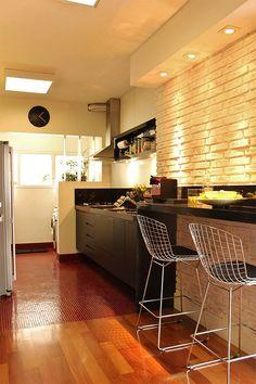 Cozinha pequena , ambiente integrado.