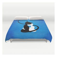 White And Black Cats In Love Duvet Cover ($129) ❤ liked on Polyvore featuring home, bed & bath, bedding, duvet covers, king size duvet insert, queen duvet insert, ivory duvet, black and white queen bedding and black and white duvet