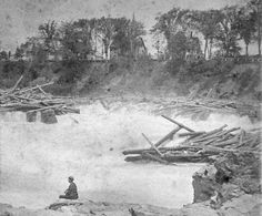 Maine River drivers - The Skowhegan Falls during a log drive